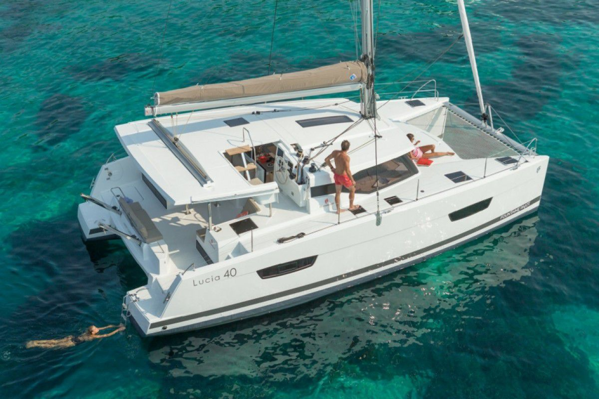 Fountaine Pajot Lucia 40 Endless Summer 1