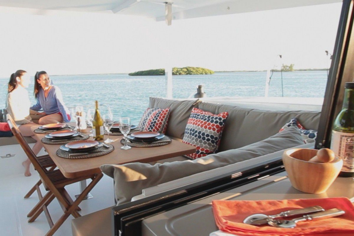 Fountaine Pajot Lucia 40 Endless Summer 8