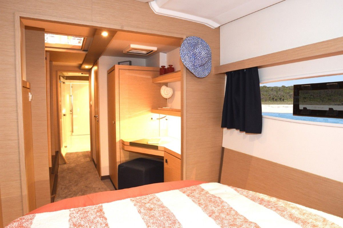 Fountaine Pajot Lucia 40 Endless Summer 7