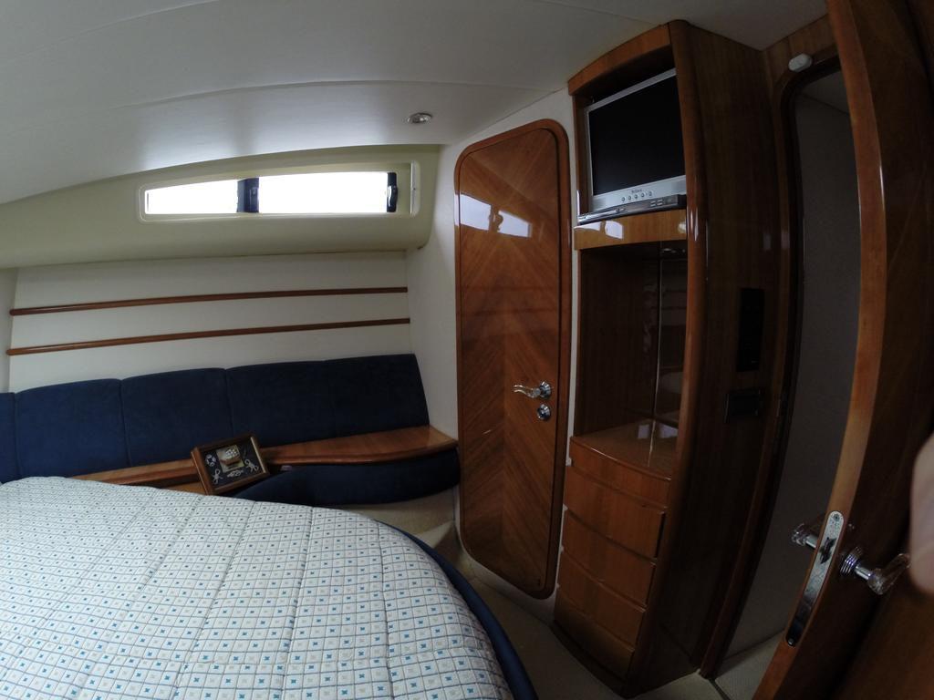 Azimut 46 Flybridge 33