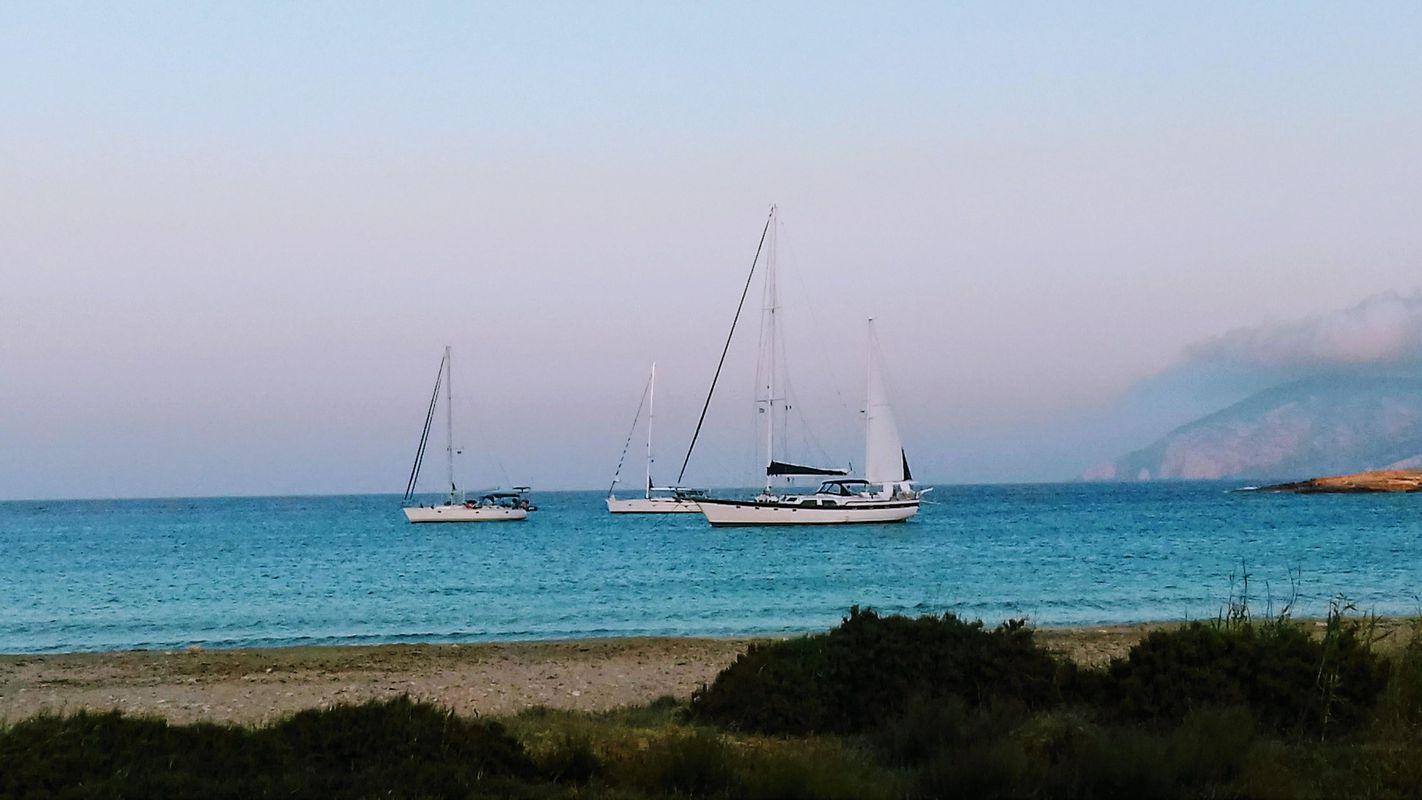 Irwin Yachts USA Ketch 8