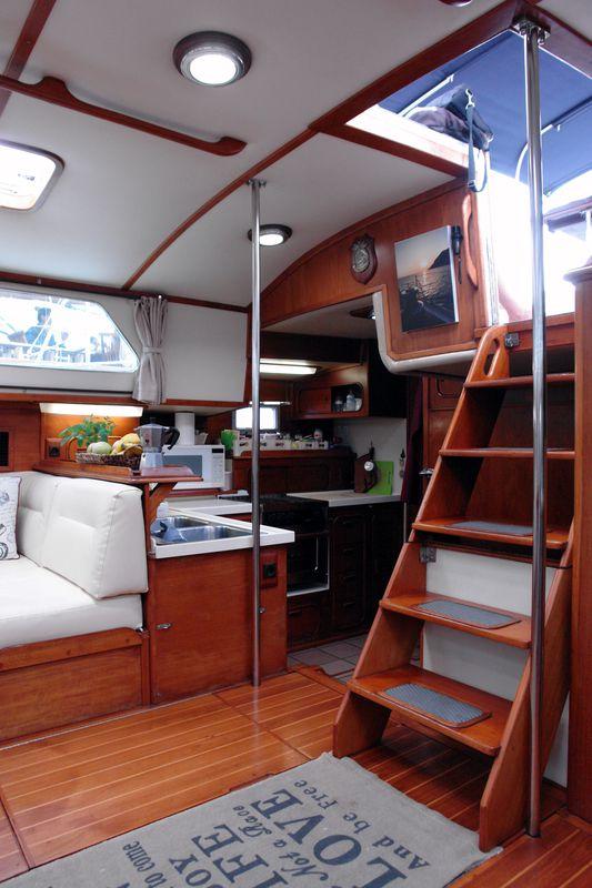 Irwin Yachts USA Ketch 14