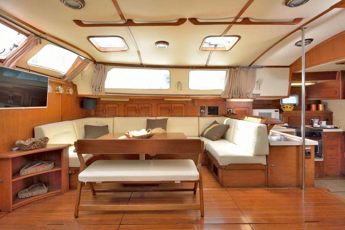 Irwin Yachts USA Ketch 19