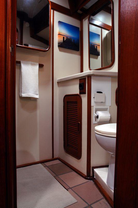 Irwin Yachts USA Ketch 21