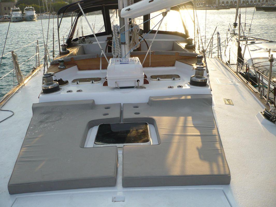 Irwin Yachts USA Ketch 23