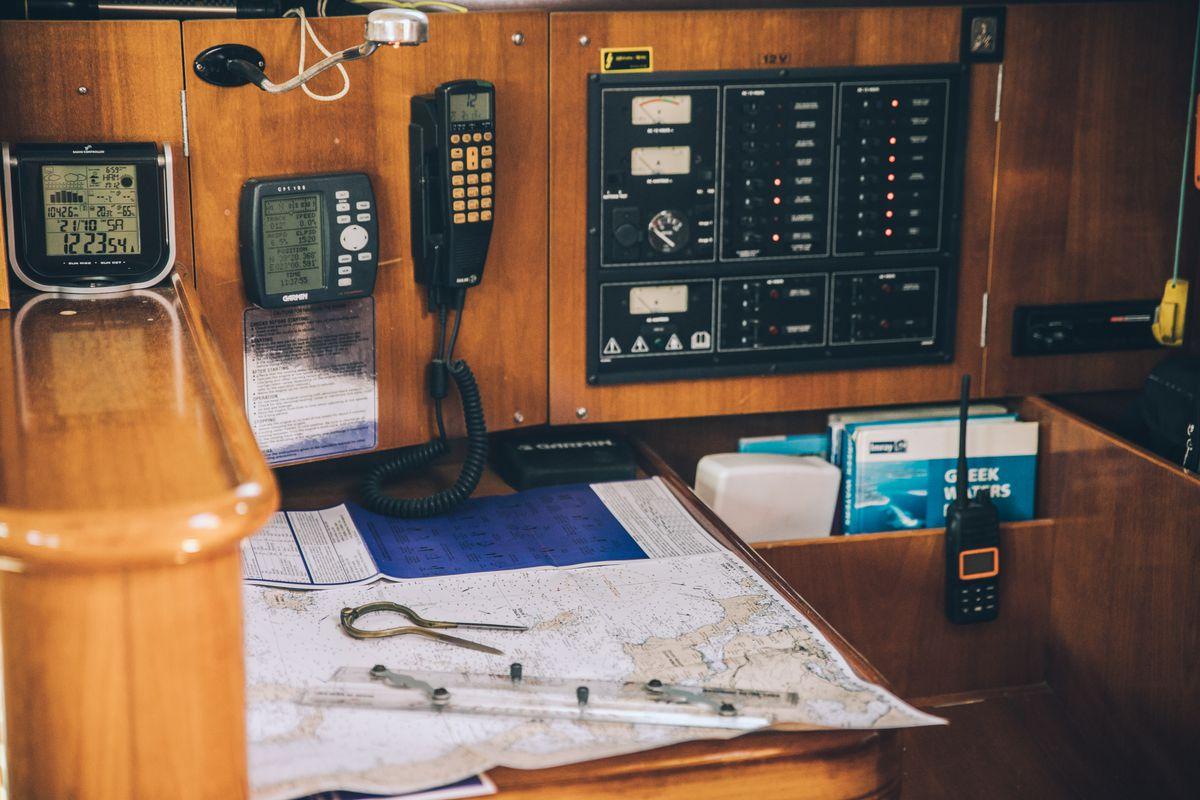 Beneteau oceanis clipper 411 10