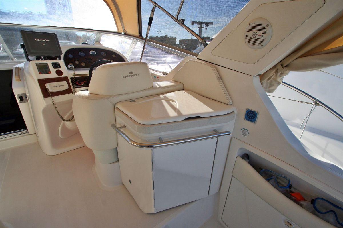 Cranchi-Italie smeraldo Santorini Yacht Cruises  3