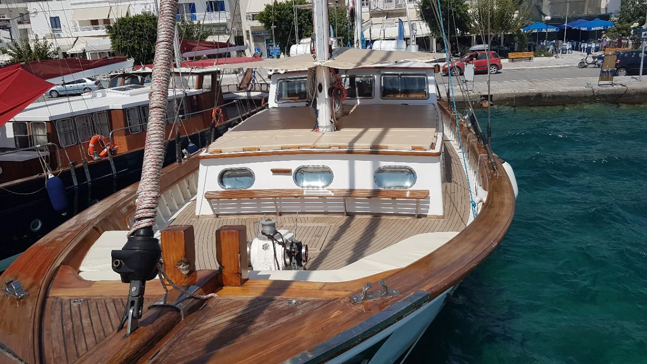 Custom Made  Schooner Motor Sailboat Odysseus A.  16