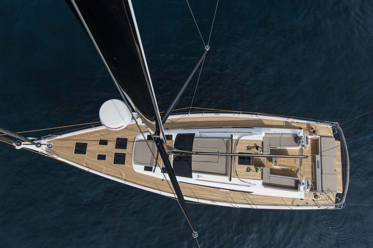 Dufour Yachts 56 Exclusive INVICTUS 2