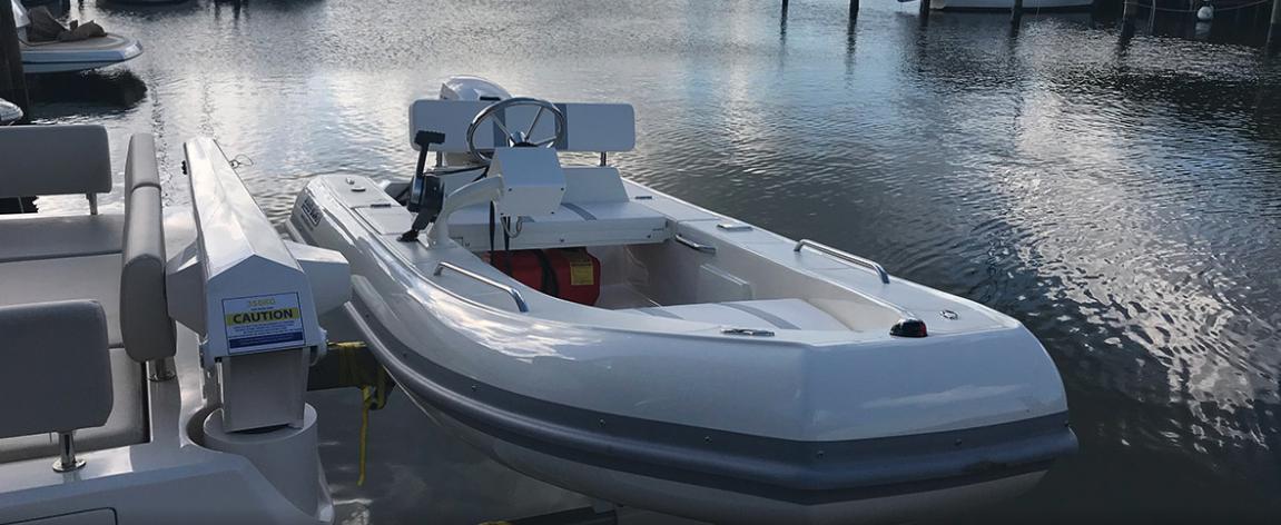 Aquila 44 Power Catamaran 7
