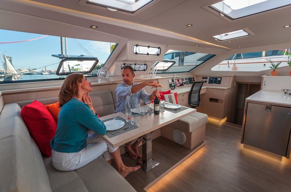 Seawind  1600 Performance Cruiser 11