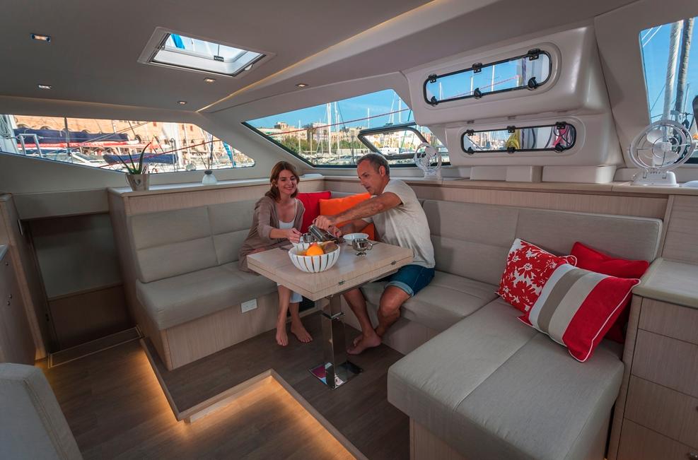 Seawind  1600 Performance Cruiser 10