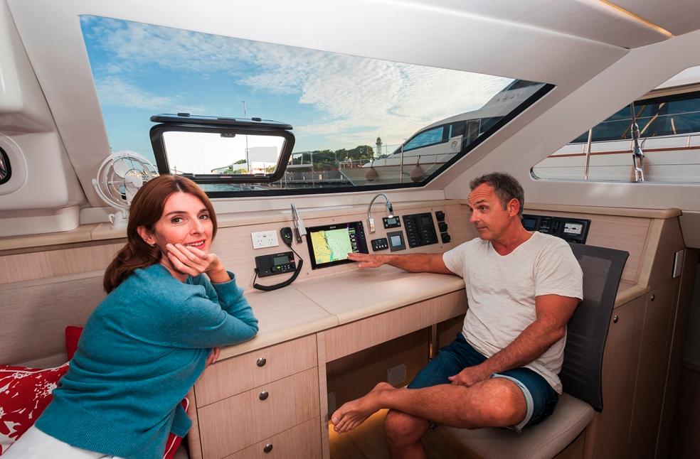 Seawind  1600 Performance Cruiser 12