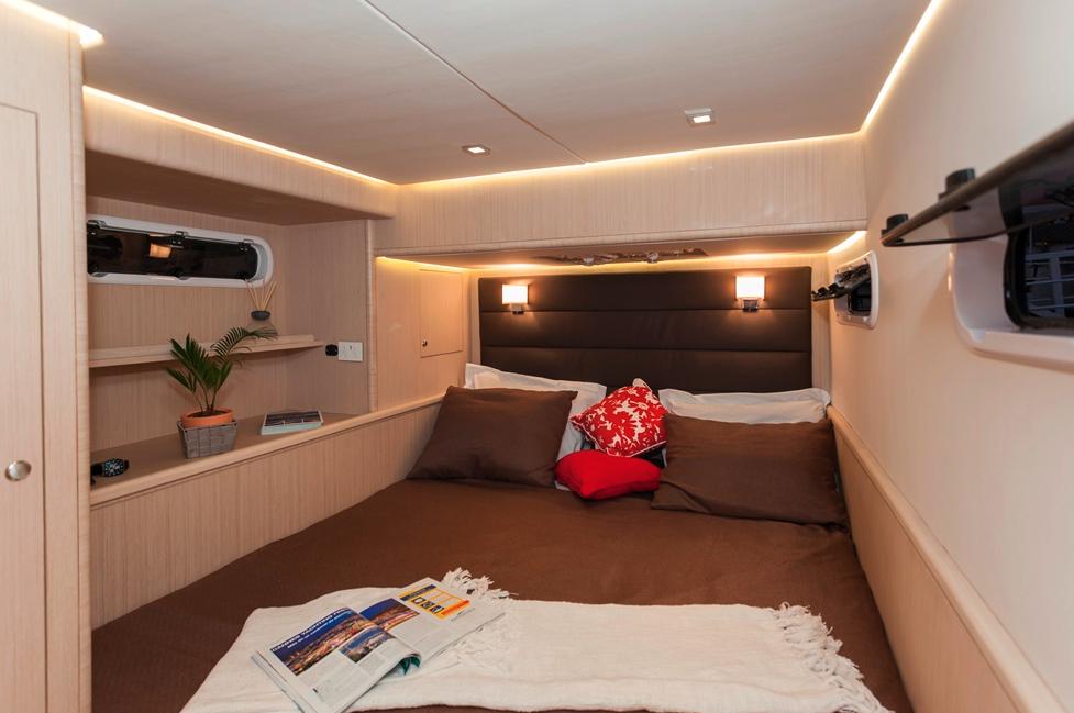 Seawind  1600 Performance Cruiser 22