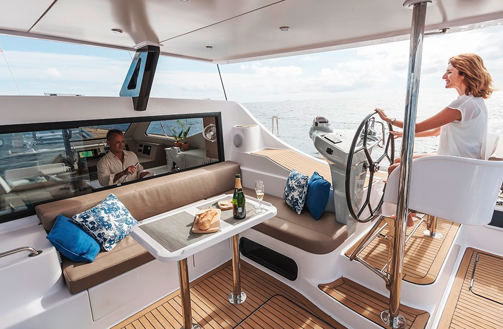 Seawind  1600 Performance Cruiser 7