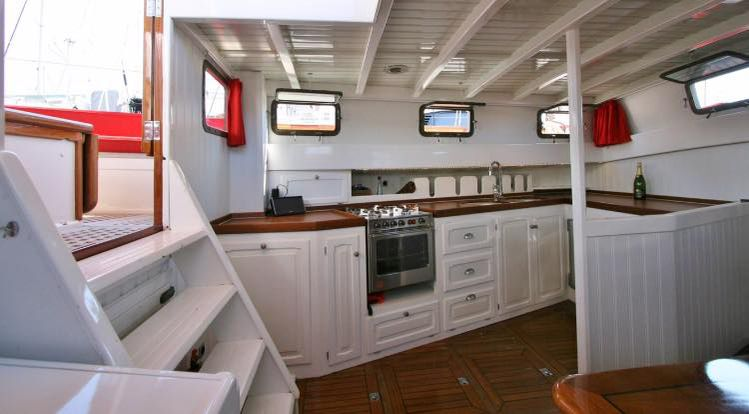 Metur Yachts Bombigher Dream 55 Louise 12