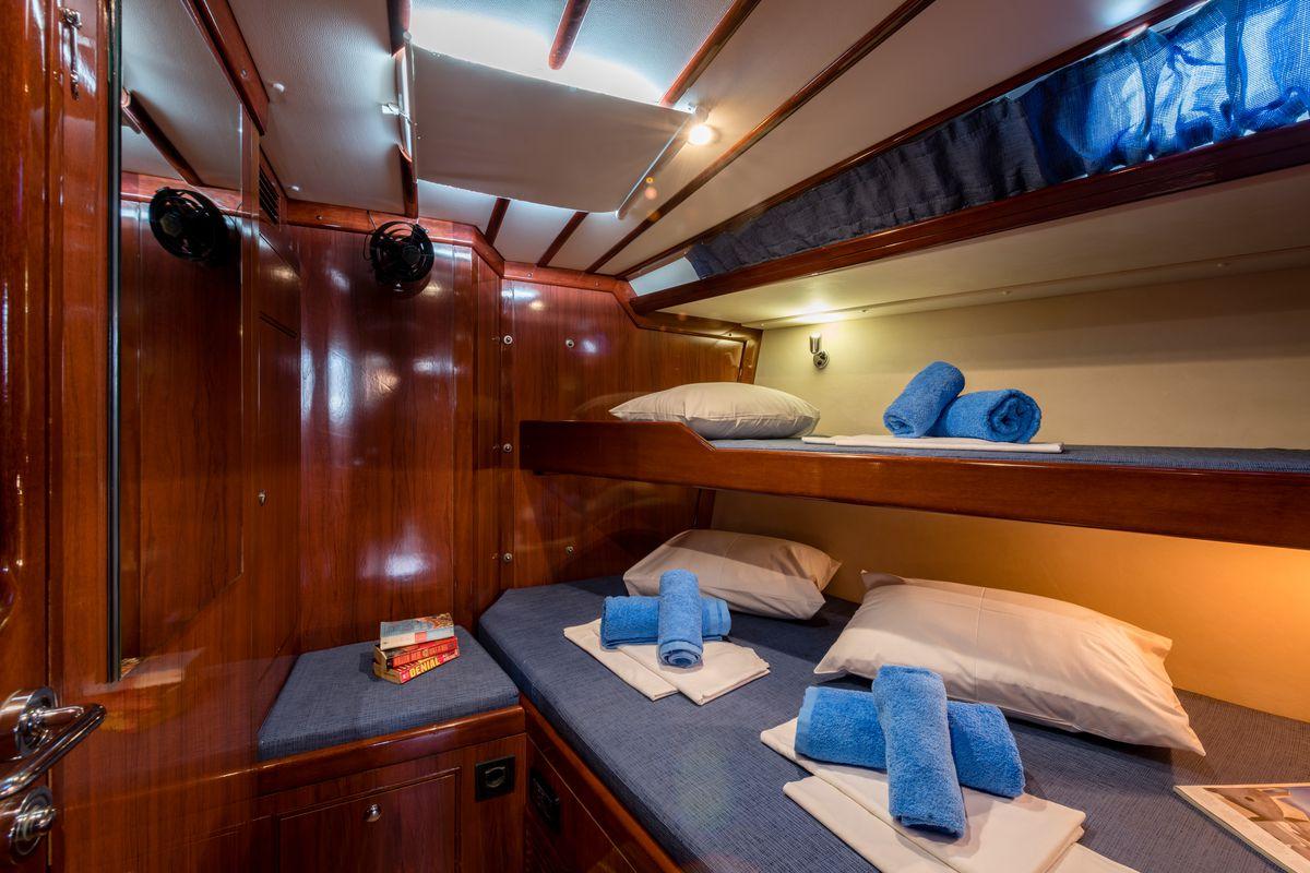 Ocean Yachts Ocean Star 56.1 13