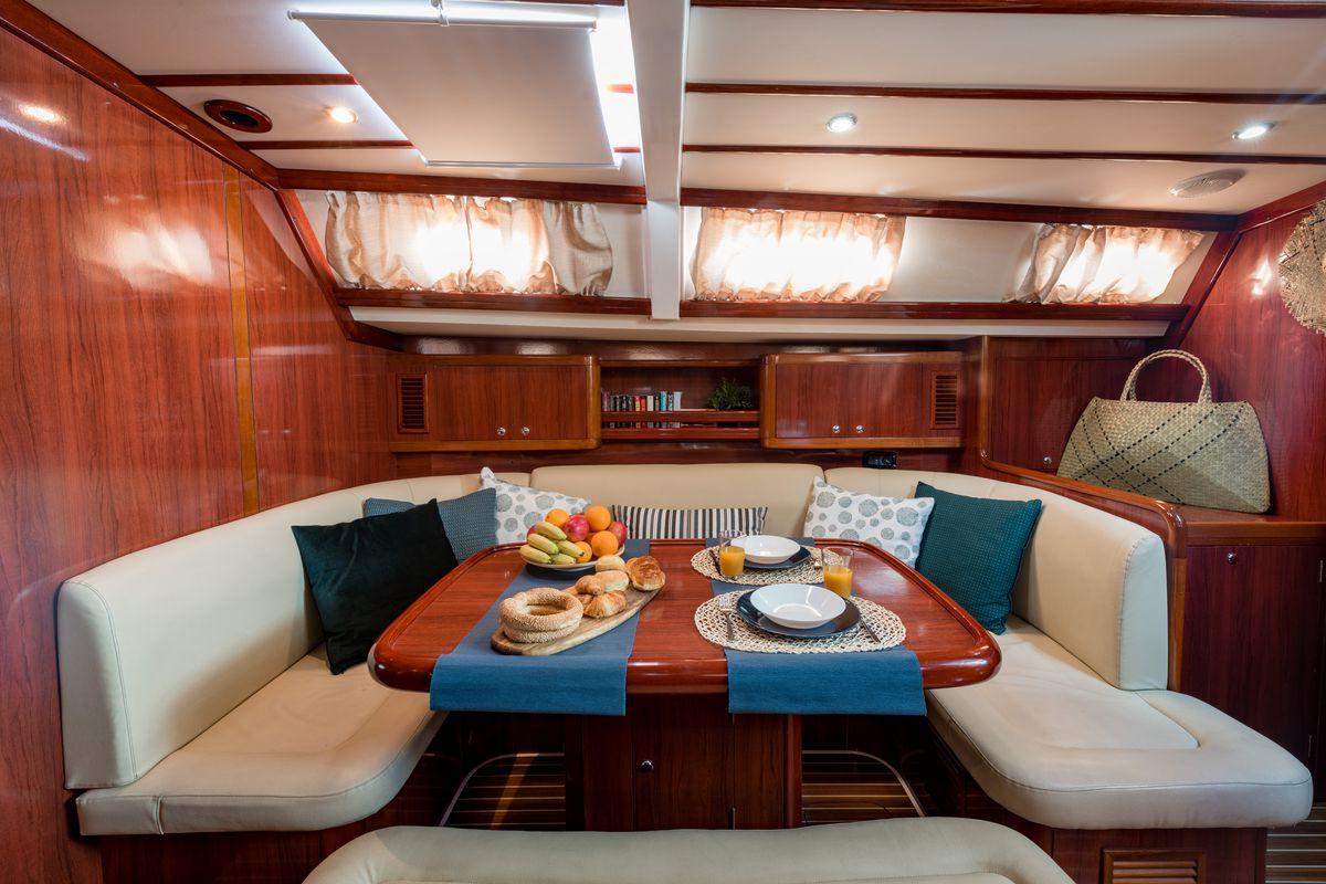 Ocean Yachts Ocean Star 56.1 19
