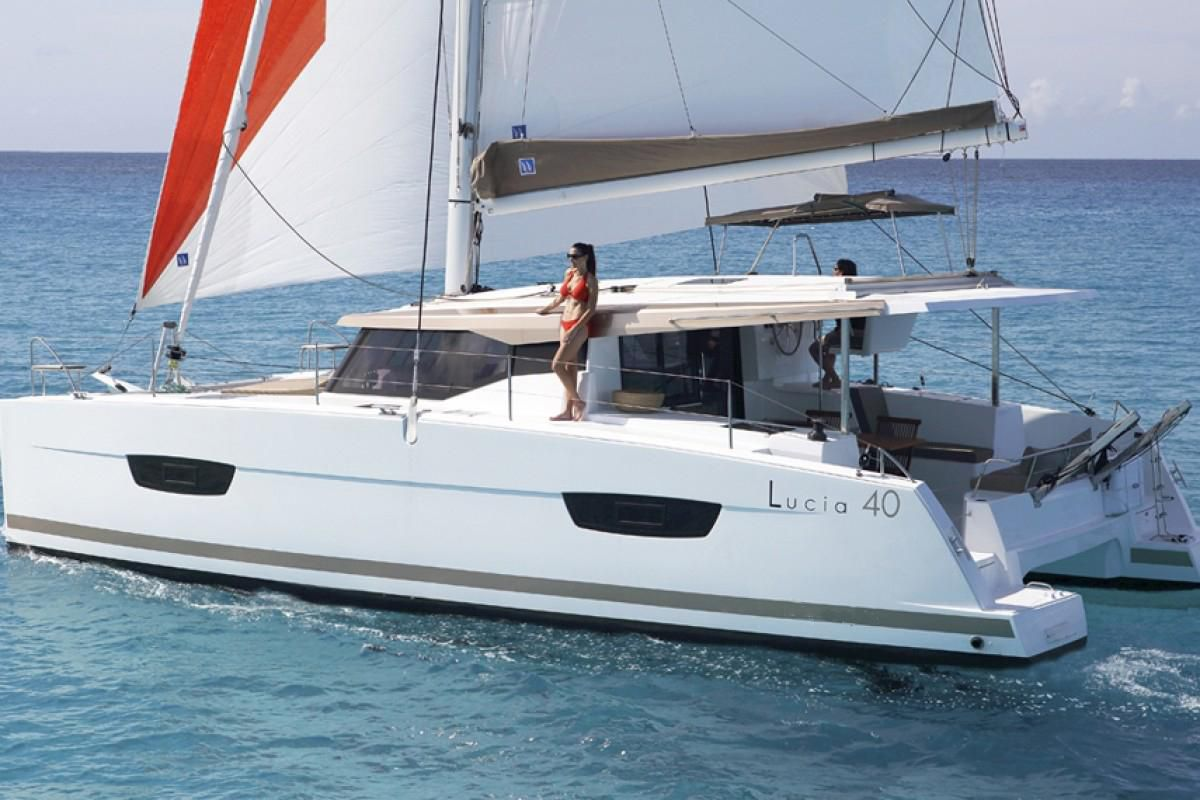 Fountaine Pajot Lucia 40 Endless Summer 10